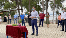 Στον αγιασμό σχολείων του Πεταλιδίου παραβρέθηκε σήμερα ο Δήμαρχος Μεσσήνης Γιώργος Αθανασόπουλος